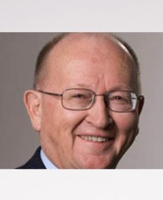 Dr. Hermann Langenmayr